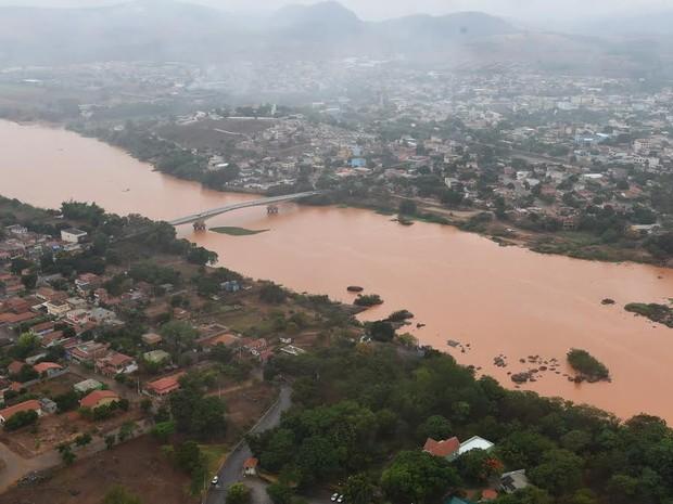 Onda de lama e rejeitos de minério chega a Baixo Guandu, Espírito Santo (Foto: Fred Loureiro/ Secom-ES)