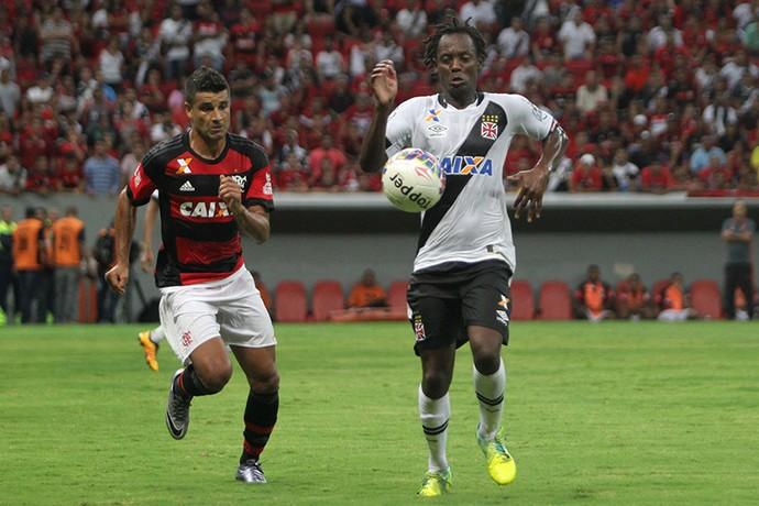Andrezinho e Ederson Flamengo x Vasco (Foto:  Paulo Fernandes/Vasco.com.br)