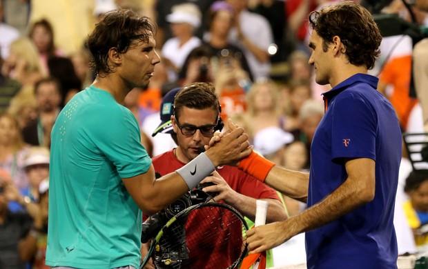 Rivais há nove anos, Roger Federer admite que sente falta de duelar com Rafael Nadal  (Foto: Getty Images)