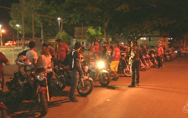 Grupo, que começou com oito motos, hoje, conta com mais de 40 motociclistas (Foto: Murilo Lima)