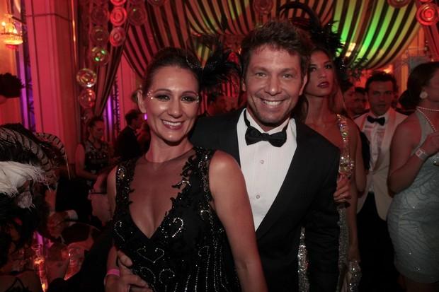 Baile do Copa - Mario Frias e Juliana (Foto: Isac Luz/EGO)