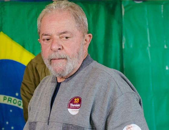 O ex-presidente Lula votou em São Bernardo do Campo deste domingo, 2 de outubro (Foto: Bete Marques/Brazil Photo Press / Ag. O Globo)