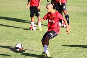 Caio Sport (Foto: Marlon Costa / Pernambuco Press)
