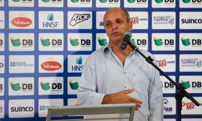 Roberto Túlio de Miranda, presidente da URT, Patos de Minas (Foto: Alê Vianna)