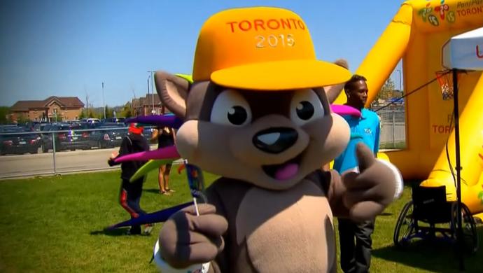 Pachi foi a mascote escolhida para representar os Jogos de Toronto (Foto: Reprodução SporTV)