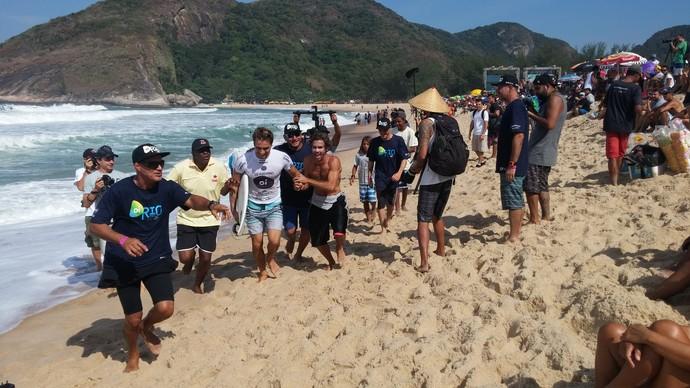 Único carioca no Rio Pro, Lucas Silveira venceu na estreia (Foto: Felipe Siqueira)