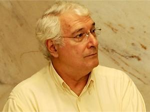 Sergio Luiz Ribeiro Ponciano disse que é o primeiro caso registrado com bebês registrado no hospital (Foto: Reprodução EPTV)