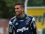 Palmeiras atualiza lista de jogadores no site sem Rafael Marques e Kelvin