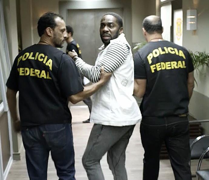 Brau é preso pela polícia federal (Foto: TV Globo)