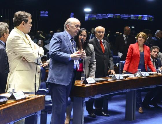 Senado aprova internação de até dez anos para menores infratores