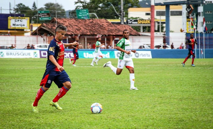 Brusque x Marcílio Dias Léo Franco (Foto: Flavio Roberto/CN Marcílio Dias)