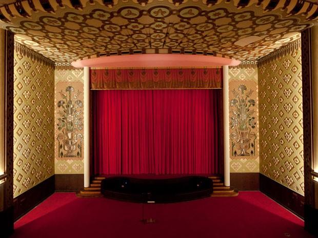 Interior do cinema proporciona uma experiência diferente ao público (Foto: Victor Jucá)