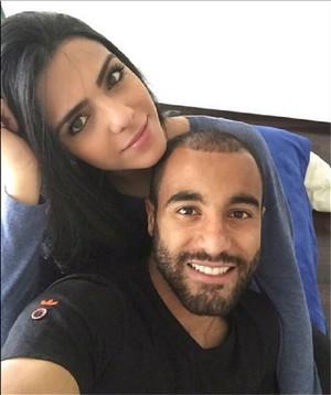 Lucas e namorada (Foto: Reprodução Instagram)