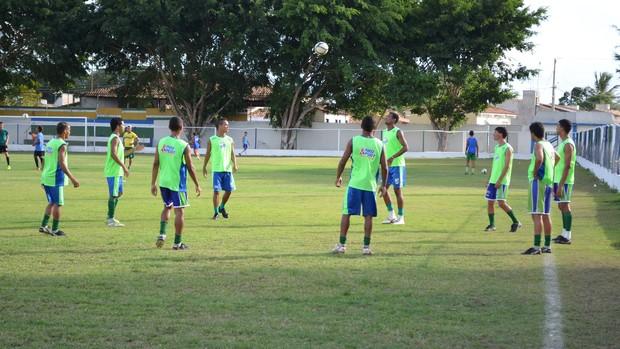 São Domingos se prepara para jogo de volta contra o Vitória (Foto: Felipe Martins/GLOBOESPORTE.COM)