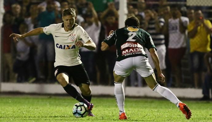Corinthians bate Caldense com placar magro e avança na Copa do Brasil a9d696a9594b0