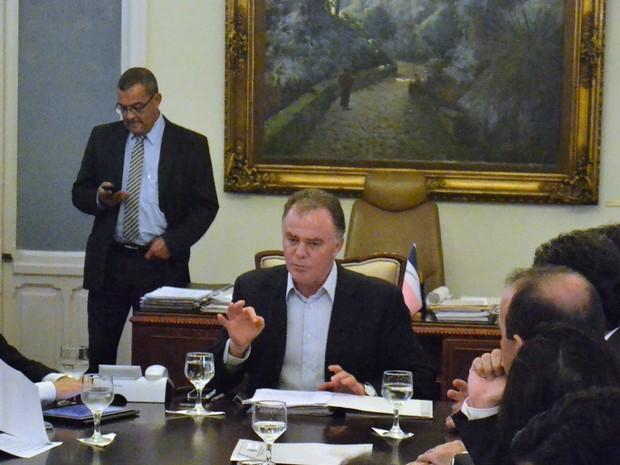 Governador Renato Casagrande regulamentou Cartão Desastre nesta quinta-feira (16). (Foto: Mariana Perim/G1 ES)