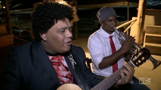 Banda Baré de Casco faz tributo a Reginaldo Rossi