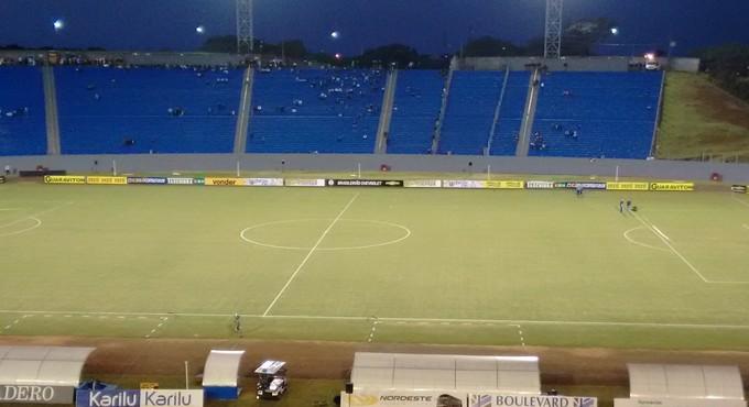 Estádio do Café Londrina Vasco (Foto: Rodrigo Saviani)