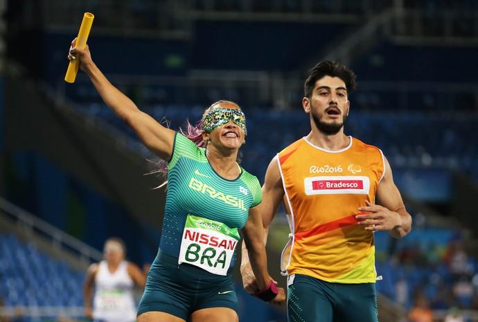 Revezamento 4x100m prata brasil terezinha guilhermina rio 2016 (Foto: Daniel Zappe/MPIX/CPB)