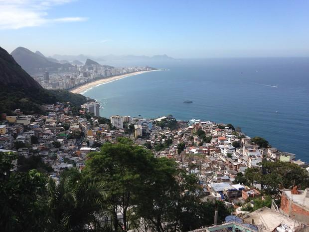 Vidigal tem vista privilegiada para as praias de Leblon, Ipanema e Arpoador (Foto: José Raphael Berrêdo / G1)