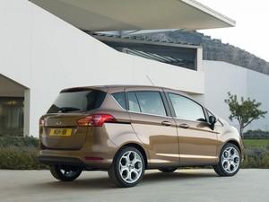 Ford B-Max chega ao mercado europeu no fim do ano (Foto: Divulgação)