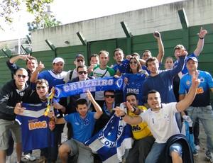 Torcida Cruzeiro em Montevideu (Foto: Tarcísio Neto)