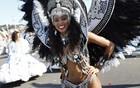 Nice celebra carnaval com desfile (Valery Hache/AFP)