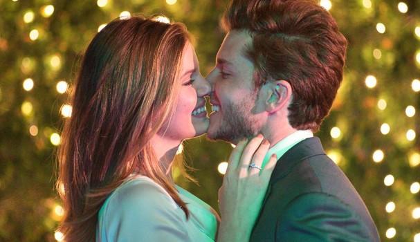 Camila Queiroz revela local de seu casamento com Klebber Toledo