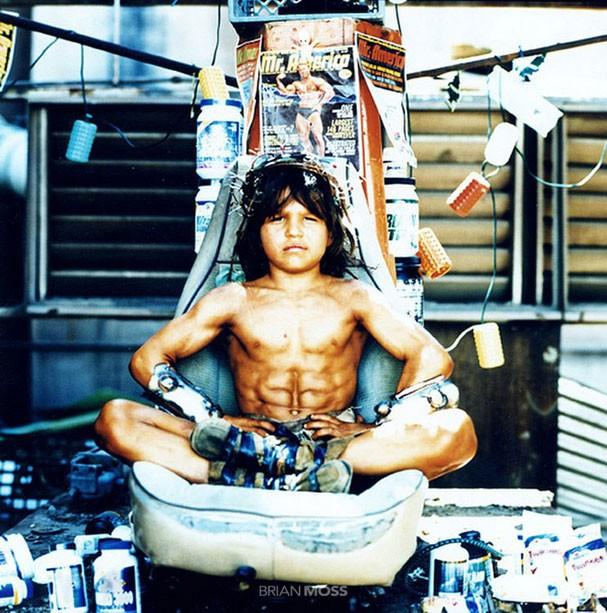 Garoto mais forte do mundo cresce perde massa e vira ator richard sandrak o menino hrcules foto reproduofacebook altavistaventures Images
