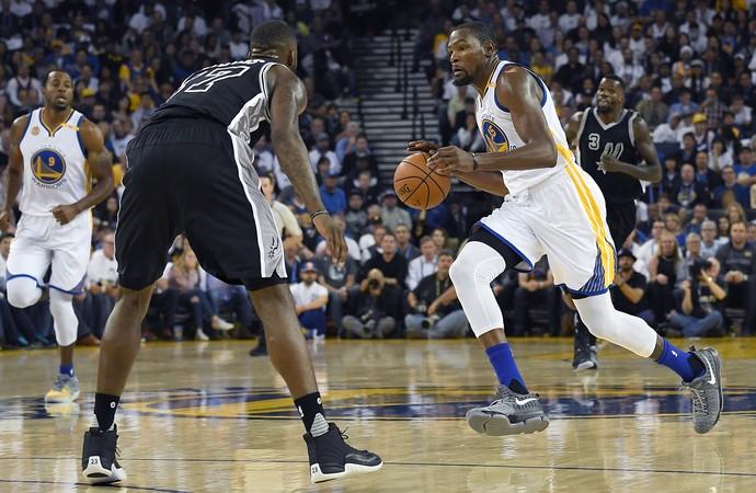 Kevin Durant Spurs x Warriors NBA (Foto: Getty)
