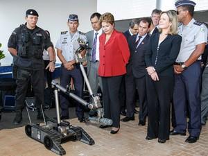 A presidente Dilma Rousseff durante cerimônia de entrega do Sistema Integrado de Comando e Controle para Segurança de Grandes Eventos, em Brasília (Foto: Roberto Stuckert / PR)