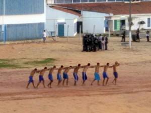 Presos encerram rebelião em Alcaçuz no fim de tarde desta quarta (11) (Foto: Divulgação/Sejuc)