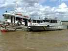 Condição precária de transporte oferece perigo em rios da Amazônia