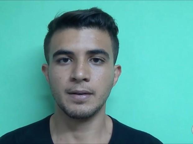 Dayvson André, de 23 anos, apontou o local onde o corpo estava enterrado (Foto: Polícia Civil/Divulgação)