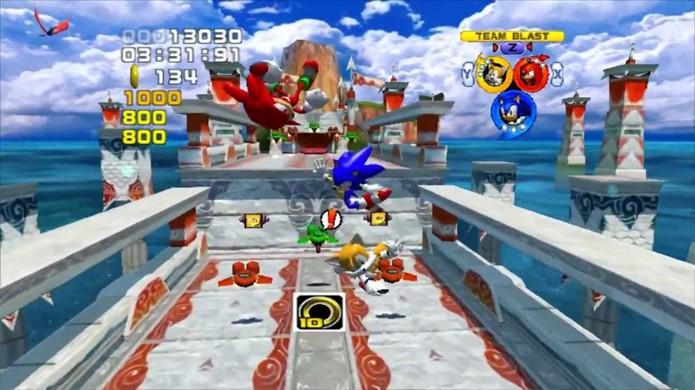 Sonic Heroes se baseava nas raízes de Sonic, mas também tinha alguns defeitos de design e muitos bugs (Foto: Reprodução/YouTube)