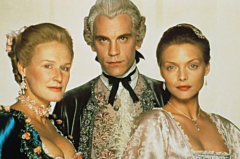 'Ligações perigosas' ganhou adaptação para o cinema em 1988 com Glenn Close, John Malkovich e Michelle Pfeiffer (Foto: Reprodução da internet)