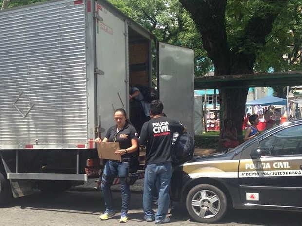 Polícia Civil Operação Réplica PC JF (Foto: Bianca Martins/ G1)