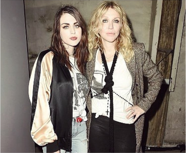 A jovem Frances Bean Cobain, filha de Kurt Cobain e Courtney Love (Foto: Instagram)