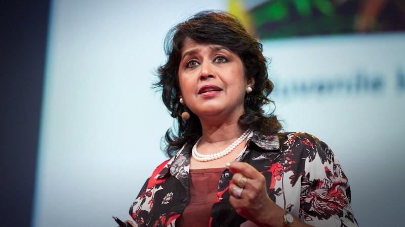 A cientista em sua palestra no TED em 2015 (Foto: Divulgação)