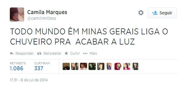 Vale tudo para interromper o massacre da Alemanha contra o Brasil! (Foto: Reprodução/Twitter/camilimitless)