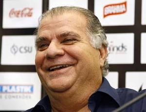 Odílio Rodrigues Presidente Santos (Foto: Ricardo Saibun / Divulgação Santos FC)