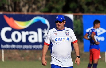 Com Hernane em campo, Guto Ferreira orienta treino técnico e tático
