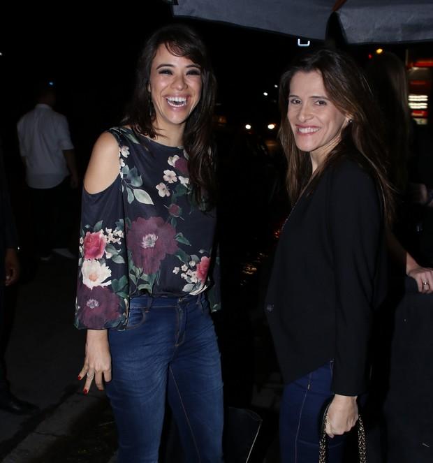 Miá Mello e Ingrid Guimarães na festa de aniversário de Dani Calabresa no sábado, 14, em São Paulo (Foto: Thiago Duran/AgNews)