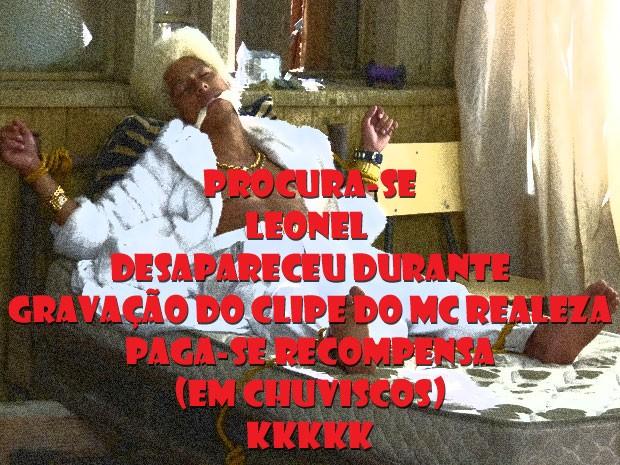 Tem alguma notícia do Pilhote! Dá uma ligada pra Fatchenhaaaa que a Rainha tá bolada (Foto: Malhação / Tv Globo)