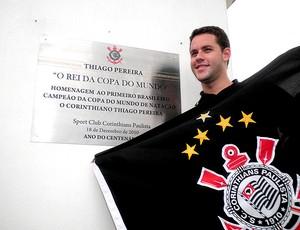 natação thiago pereira homenageado corinthians (Foto: João Gabriel / Globoesporte.com)