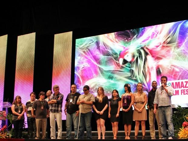"""Equipe do filme """"Colegas"""" apresentou o filme no Teatro Amazonas, em Manaus (Foto: Tiago Melo/G1 AM)"""