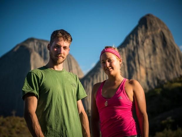 Felipe Camargo e Sasha Sigiulian: objetivo cumprido na Pedra Riscada (Foto: Marcelo Maragni/Red Bull Content Pool)