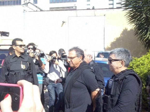 Milton Pascowitch fez exame de corpo de delito nesta sexta-feira  (Foto: Edy Carlos / RPC)