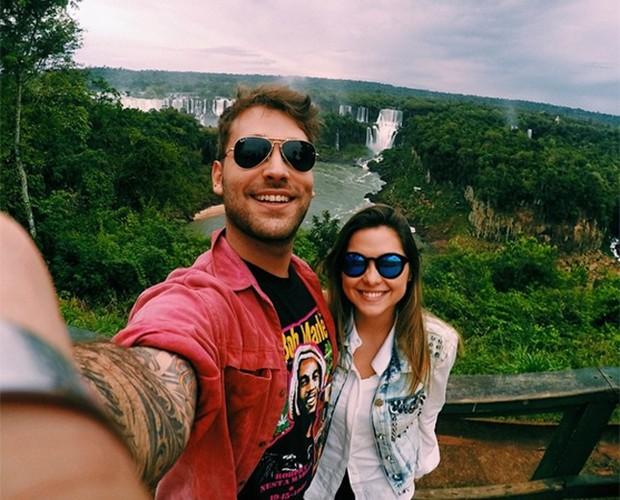 Polliana Aleixo e Renato curtindo o namoro em viagem ao Sul (Foto: Arquivo Pessoal)
