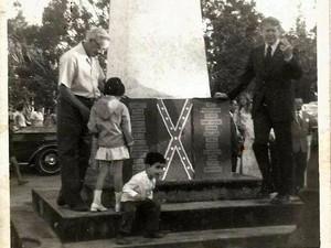 Jimmy Carter, então governador da Georgia, foi a festa em Santa Bárbara (Foto: Acervo/Fraternidade dos Descendentes)